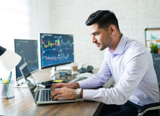 Prioritizing People Analytics: 6 HR-Driven Data Trends for 2021